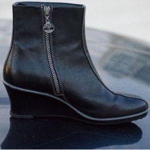 Timberland Black Leather Bezel Zip Wedge Boot 7.5